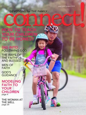 Word Action Connect! Devotions for the Family (Summer)